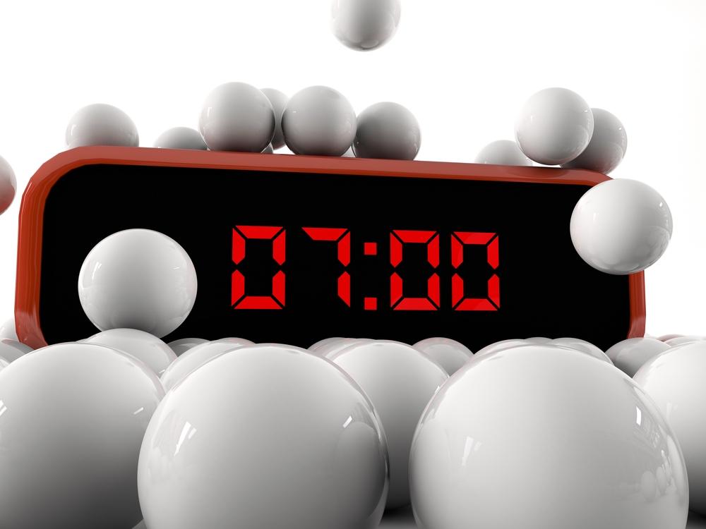 Digital clock showing 07.00