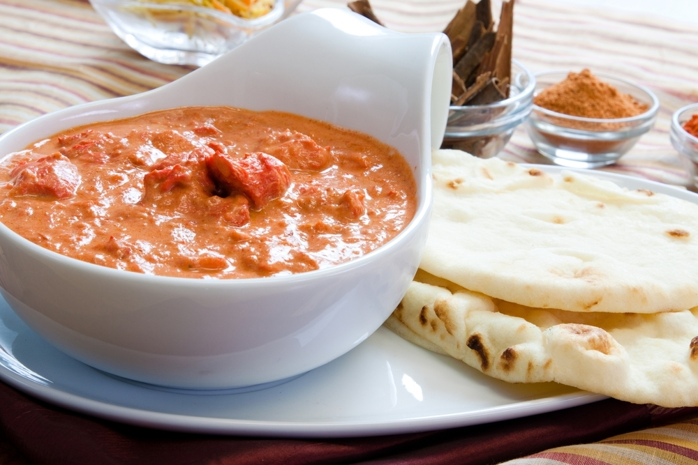 Butter chicken and naan.