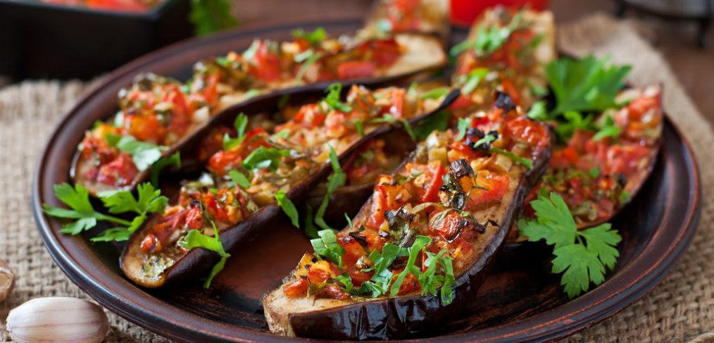 Baked eggplant with tomato and garlic